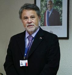 Dr. Carlos Grant del Río (Q.E.P.D.).